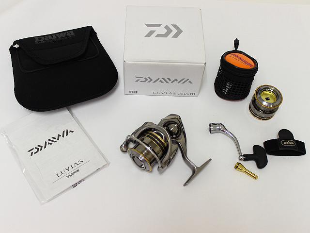 ダイワ Daiwa 12ルビアス 2506H 美品 替スプール付 未使用